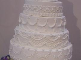 e-la-torta-incantevole