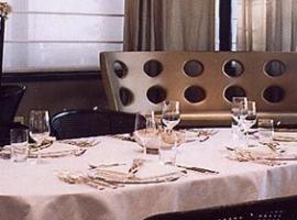 Villa Di Pasquale La tavola